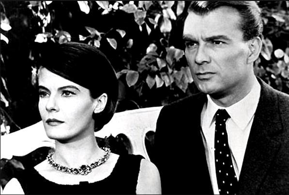 В прошлом году в Мариенбаде / L'année dernière à Marienbad (1961): кадр из фильма