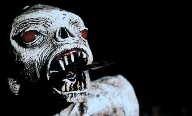 Экстро / Xtro (1983): кадр из фильма