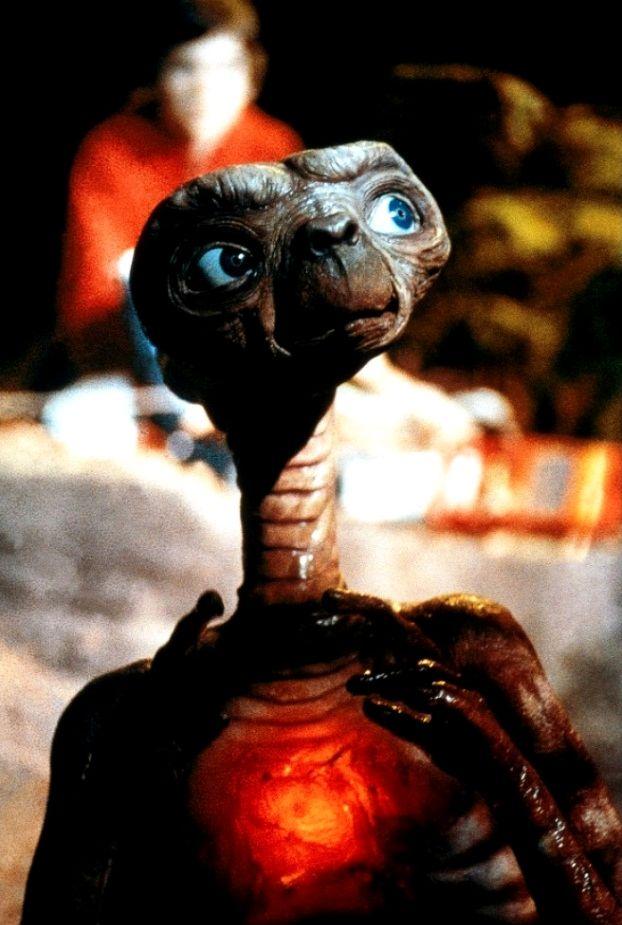 Инопланетянин / E.T. the Extra-Terrestrial (1982): кадр из фильма