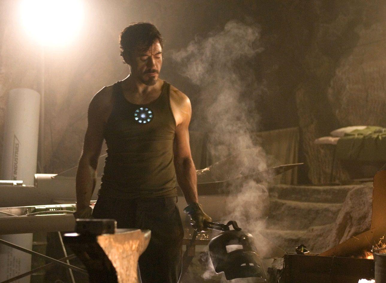 Железный человек / Iron Man (2008): кадр из фильма