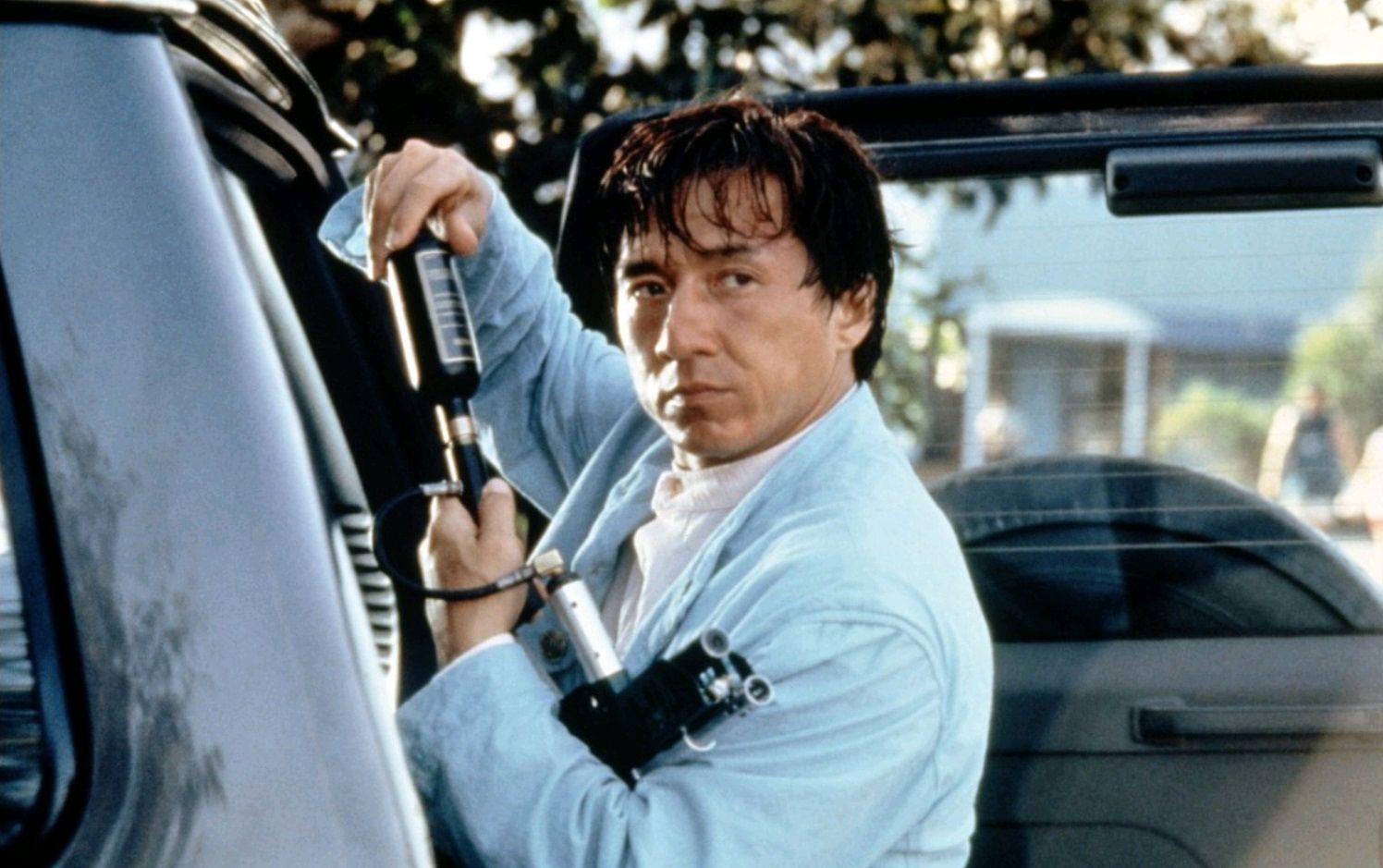 Полицейская история 4: первый удар / Ging chaat goo si 4: Ji gaan daan yam mo / Jackie Chan's First Strike (1996): кадр из фильма