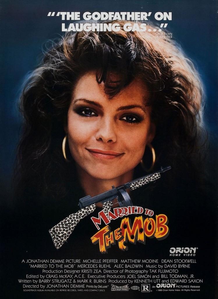 Замужем за мафией / Married to the Mob (1988): постер