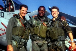 Полёт «Интрудера» / Flight of the Intruder (1991): кадр из фильма