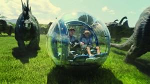 Мир юрского периода / Jurassic World (2015): кадр из фильма