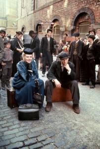 Далеко-далеко / Far and Away (1992): кадр из фильма