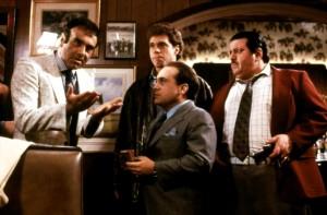 Толковые ребята / Wise Guys (1986): кадр из фильма