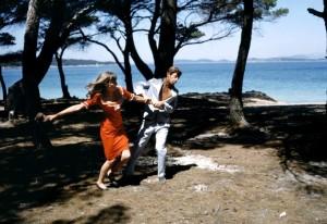 Безумный Пьеро / Pierrot le fou (1965): кадр из фильма