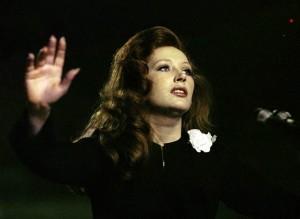 Женщина, которая поёт / Zhenshchina, kotoraya poyot (1979): кадр из фильма
