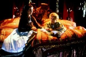 Дитя Макона / The Baby of Mâcon (1993): кадр из фильма