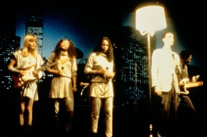 Не ищи смысла / Stop Making Sense (1984): кадр из фильма