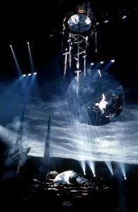 Повелитель иллюзий / Lord of Illusions (1995): кадр из фильма