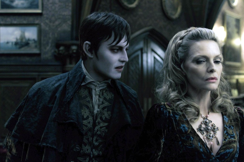 Мрачные тени / Dark Shadows (2012): кадр из фильма
