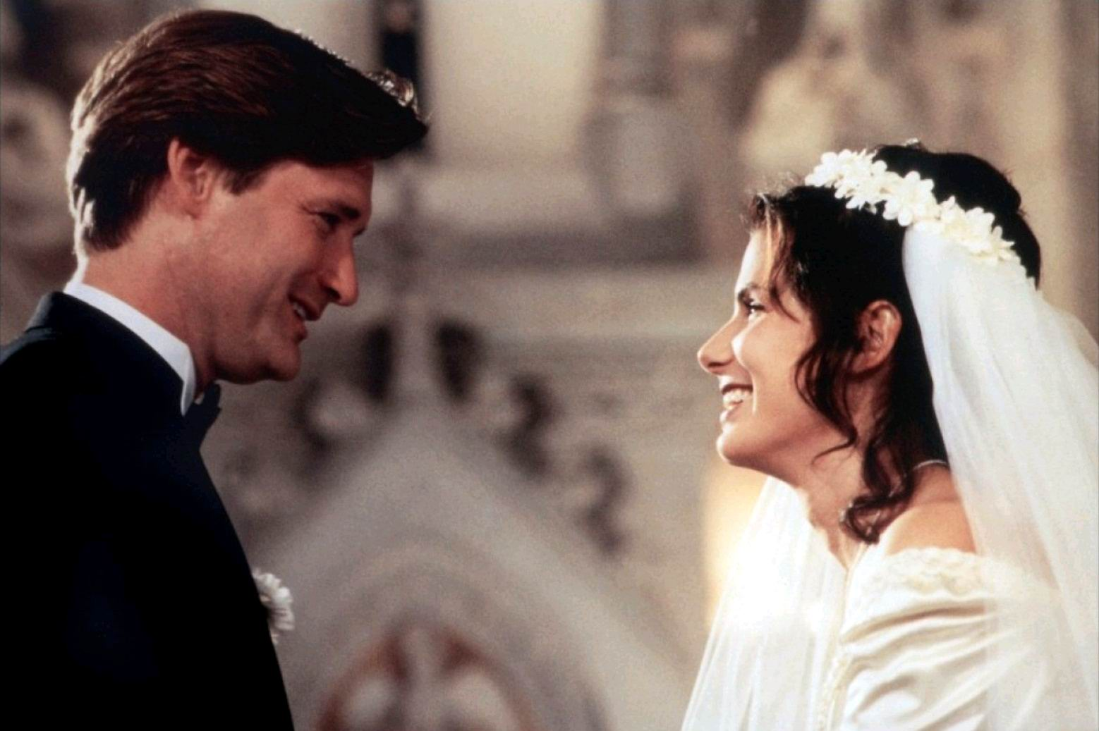 Пока ты спал / While You Were Sleeping (1995): кадр из фильма