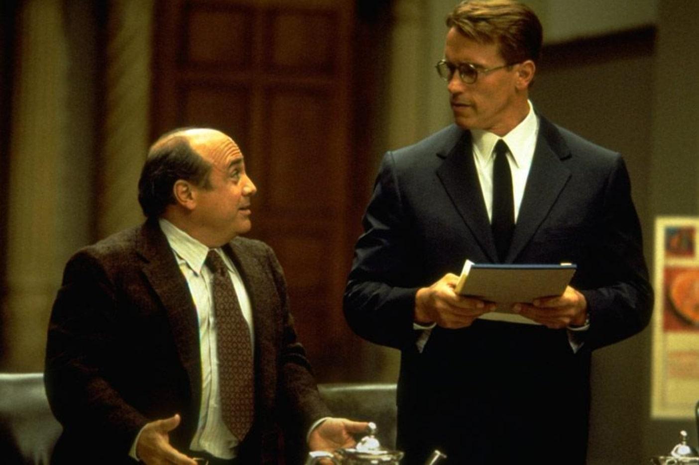 Джуниор / Junior (1994): кадр из фильма