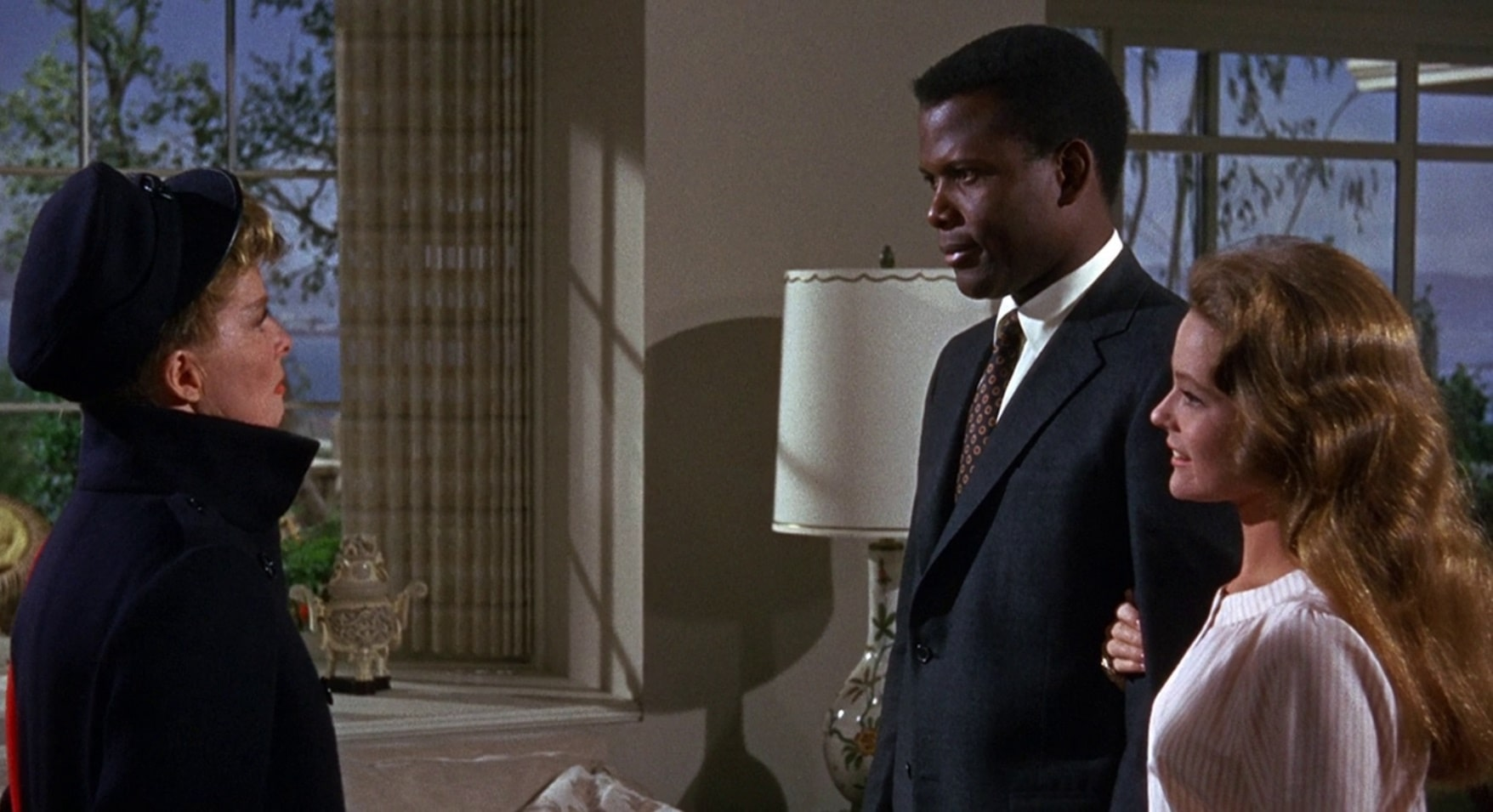 Угадай, кто придёт к обеду? / Guess Who's Coming to Dinner (1967): кадр из фильма