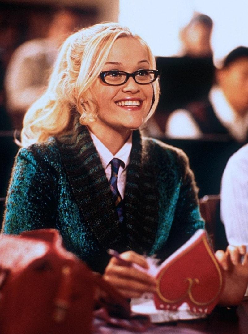 Блондинка в законе / Legally Blonde (2001): кадр из фильма
