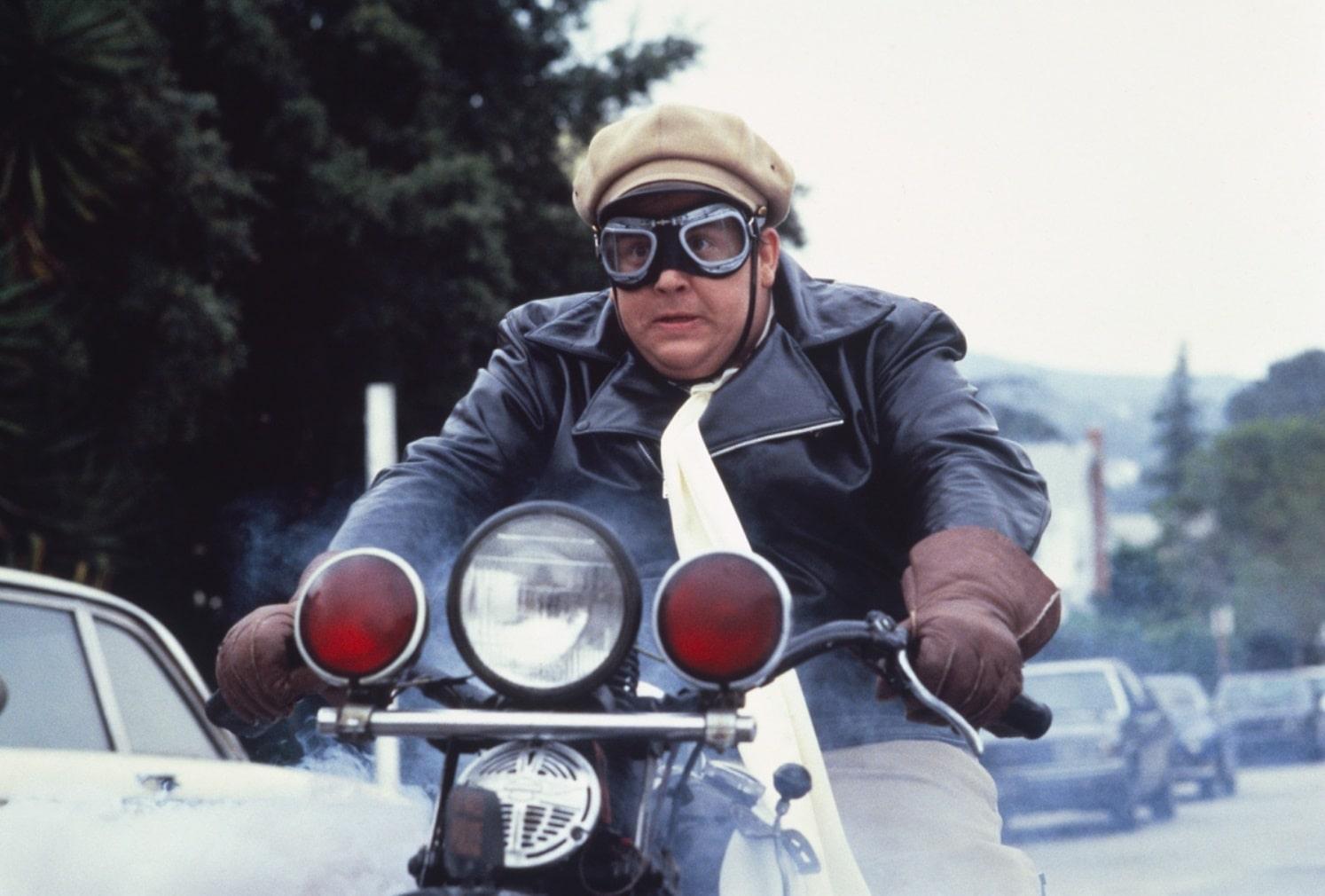 Вооружён и опасен / Armed and Dangerous (1986): кадр из фильма