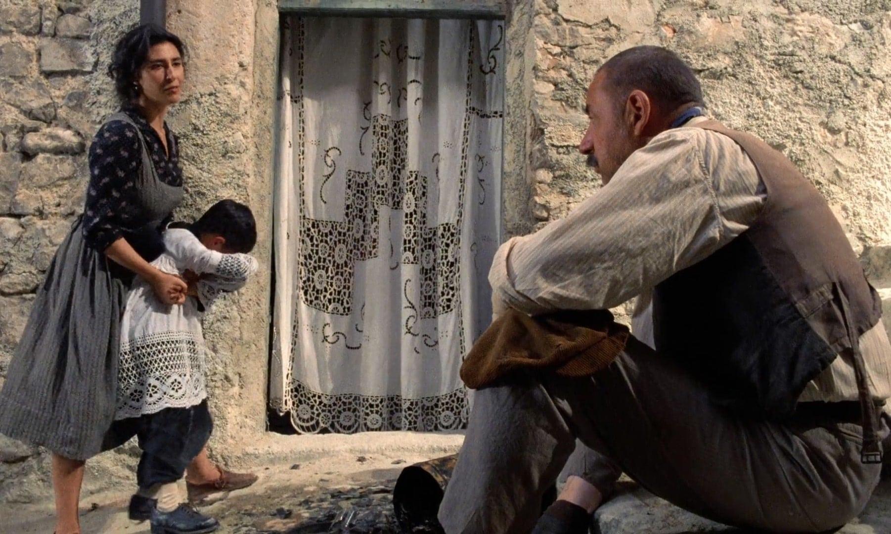 Новый кинотеатр «Парадизо» / Nuovo Cinema Paradiso (1988): кадр из фильма